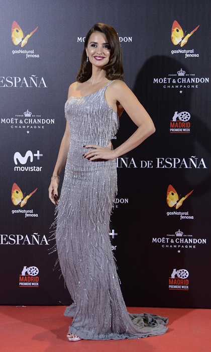 <p>A little shimmy! The actress was a standout as she channeled 1920s glamour in this sparkling dress at the <em>Queen of Spain</em> premiere in 2016.</p>
