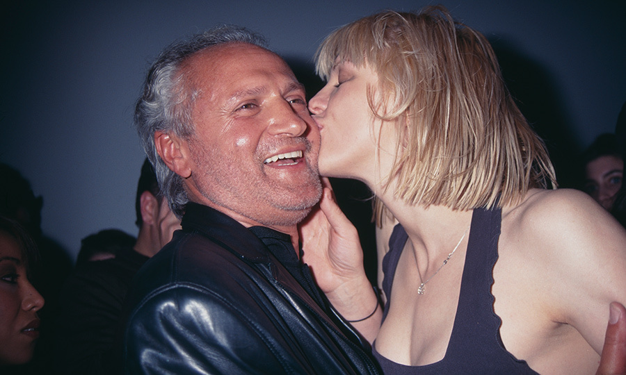 Hole frontwoman Courtney Love gave the designer a smooch on the cheek in 1997 at the Versus Versace fall runway show. The singer modelled for Gianni on a number of occasions, shot by famed photographers like Richard Avedon and Bruce Weber.