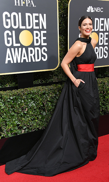 <h4>Mandy Moore</h4>