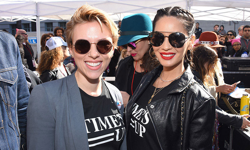 Scarlett Johansson and Olivia Munn