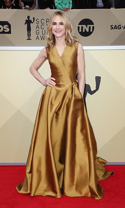 <h2>Holly Hunter</h2>