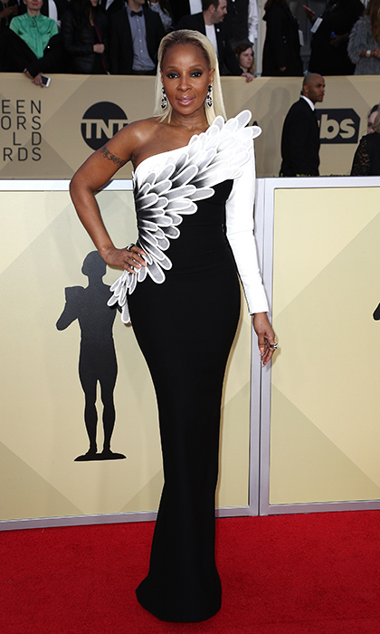 <h2>Mary J Blige</h2>
