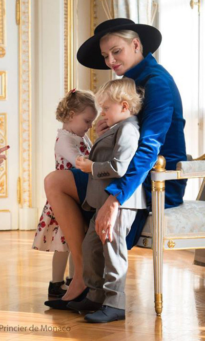 <p>Proud mom Charlene kept her sharply dressed kids close during Monaco's 2017 National Day celebrations.</p>