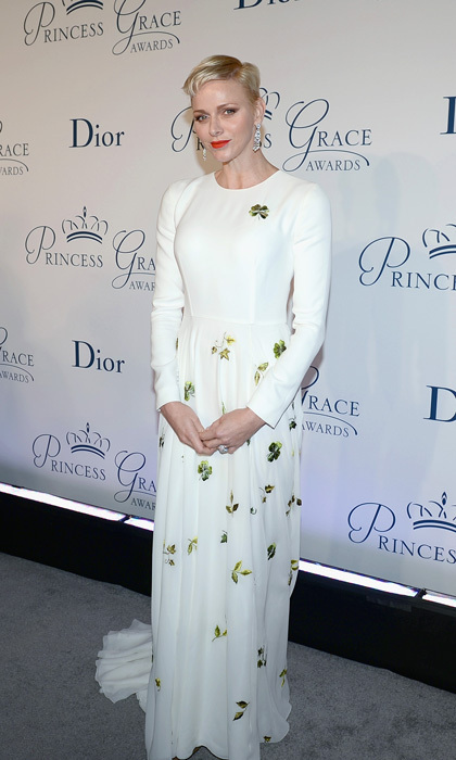<p>October 2016: Princess Charlene of Monaco exuded elegance wearing a Christian Dior Couture embroidered white silk dress to the 2016 Princess Grace Awards Gala in New York City.</p>