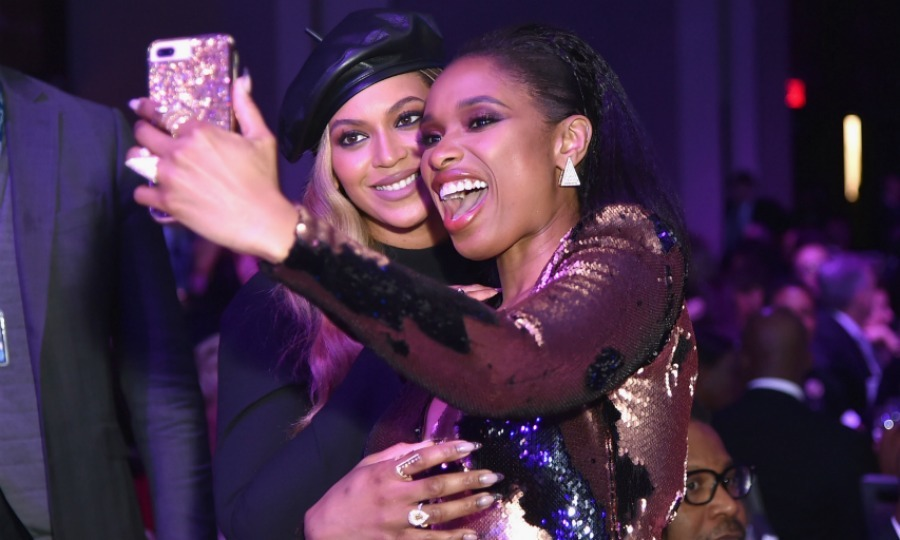 Star selfie! Even Jennifer Hudson doesn't miss an opportunity to nab a pic with the Queen Bey herself. The former <em>Dreamgirls</em> co-stars caught up at the famous party, Beyoncé looking gorgeous in a custom designed dress by AzziAndOsta while Jennifer was simply stunning in a two-toned sequinned dress and statement jewelry.