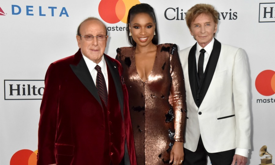 Power trio! The legendary host (and Producer) Clive Davis posed with superstars Jennifer Hudson and Barry Manilow. The gentlemen looked spiffy in two-toned suits, while Jennifer rocked a shimmering long-sleeve dress. 