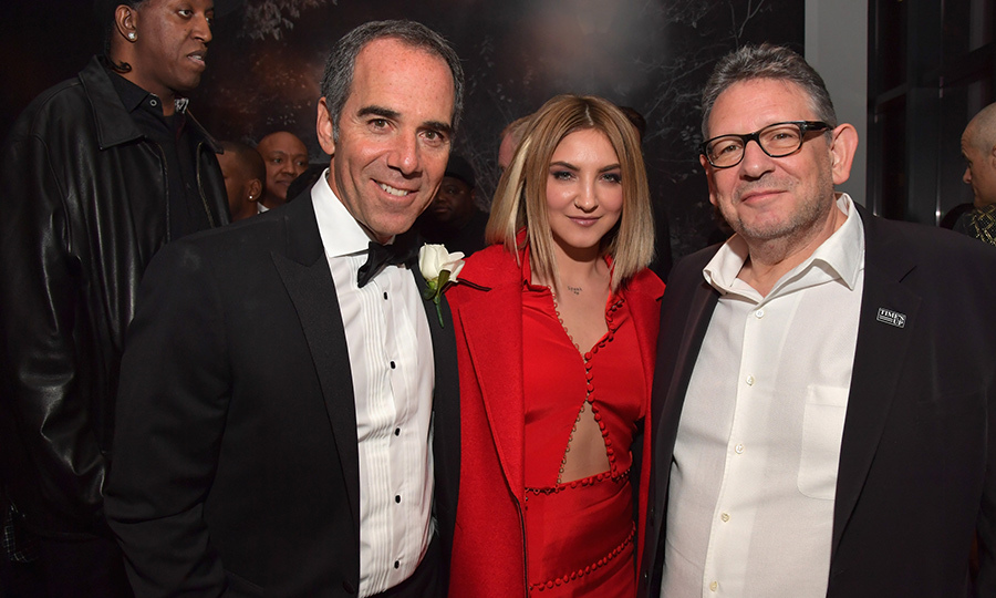 "Nominee Julia Michaels shared some bonding time with Repulic Records CEO Monte Lipman and CEO of UMG Sir Lucian Grainge at the Universal after party. The singer-songwriter was up for best song for her track ""Issues"".
