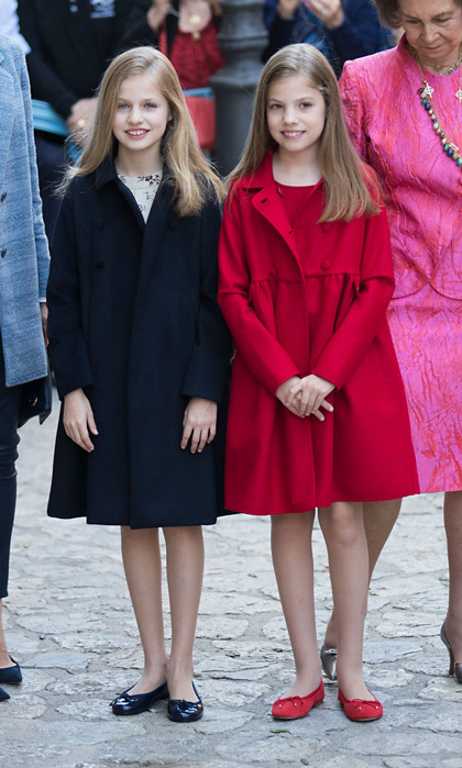 <p>It seemed like a bit chillier of an Easter for Leonor and Sofia as they rewore their coordinating Carolina Herrera coats to Easter mass in Palma de Mallorca.</p>