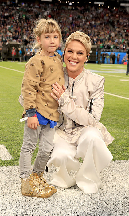 Pink gave her number-one cheerleader Willow yet another reason to be proud of mom! The adorable 6-year-old posed with mom before she kicked off the Super Bowl by singing the national anthem.