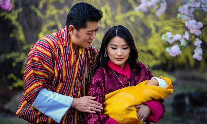 <p>The newborn Prince slept his way through his first official photocall.</p>