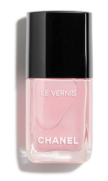 "<p><strong>Chanel Le Vernis in 588 Nuvola Rosa</strong>, $32, <a href=""http://chanel.com"" target=""_blank""><em>chanel.com</em></a></p>"