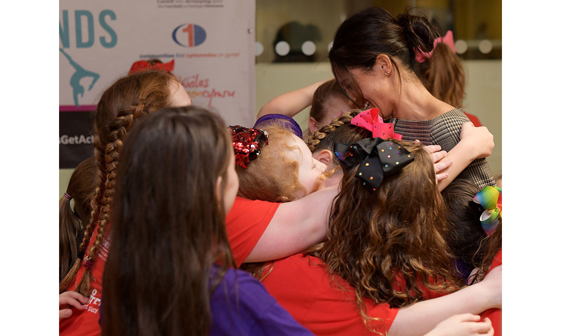 <h2>She's good with children</h2>