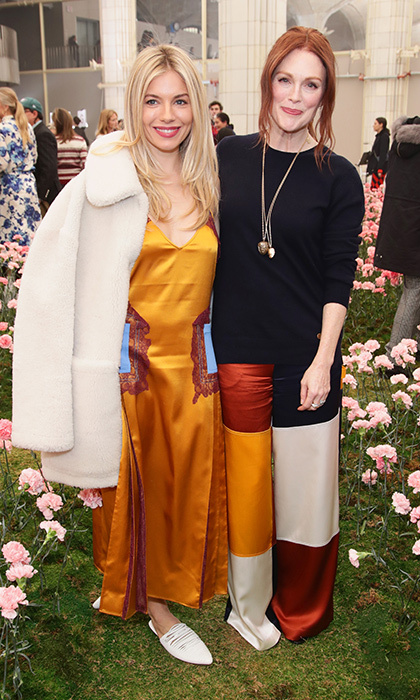 Sienna Miller and Julianne Moore looked ready and fresh-faced for spring. The gorgeous duo stunned in natural toned outfits for Tory Burch's show.