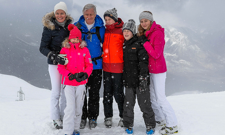 The Belgian royal family - Queen Mathilde, Princess Eleonore, King Philippe, Prince Gabriel, Prince Emmanuel and Princess Elisabeth - enjoyed some bonding time on the Swiss slopes!