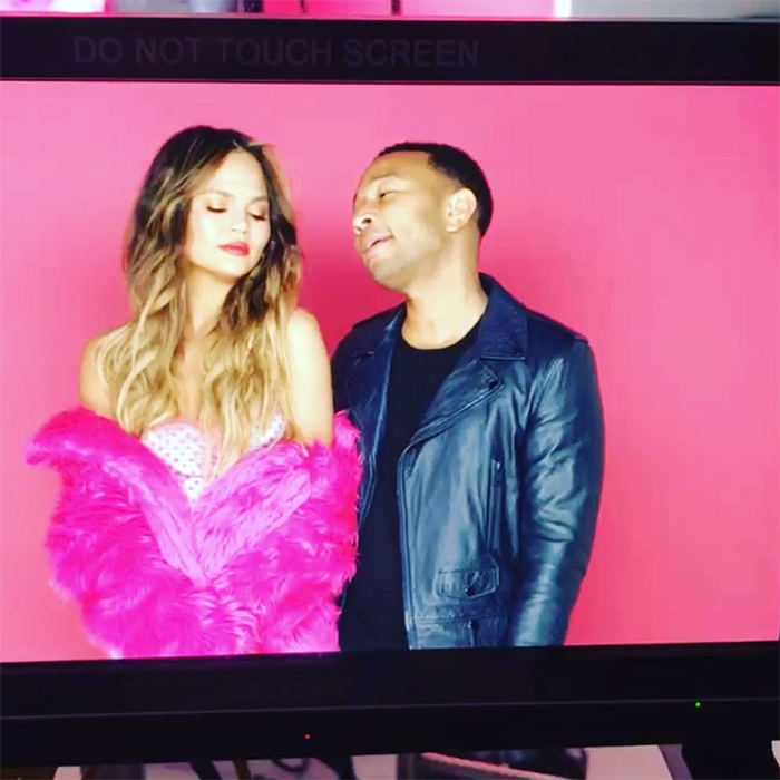 In this clip, John Legend sang beautifully to his wife Chrissy Teigen, who was all dolled up for Valentine's Day in pink fur.