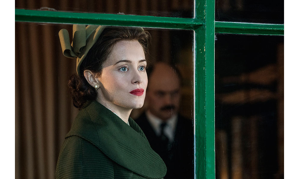 <h2>Claire Foy – The Queen</h2>