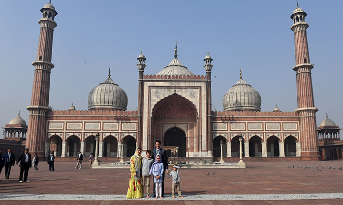 On Feb. 22, the fifth day of the family's Indian adventure, they stopped by Jama Masjid, one of India's largest mosques, located in New Delhi.