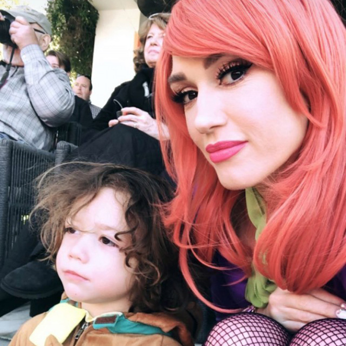 Gwen Stefani celebrated her son Apollo's fourth birthday party with a Scooby Doo theme! Her little boy looked adorable as Scooby, while mom dressed up as Daphne.