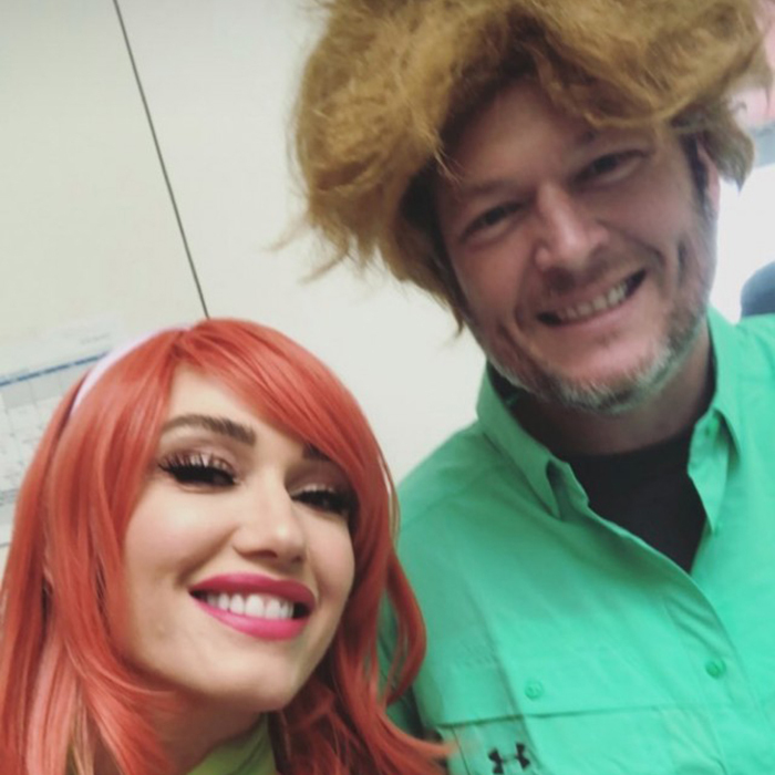 Gwen and her country crooner husband Blake Shelton showed off his megawatt smile while in character as Shaggy at Apollo's fourth birthday.