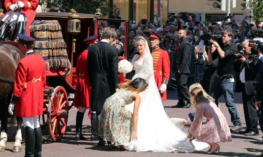 <p>The ceremony was a fanfare, complete with a stunning silk-lined carriage and traditional costumes.</p>