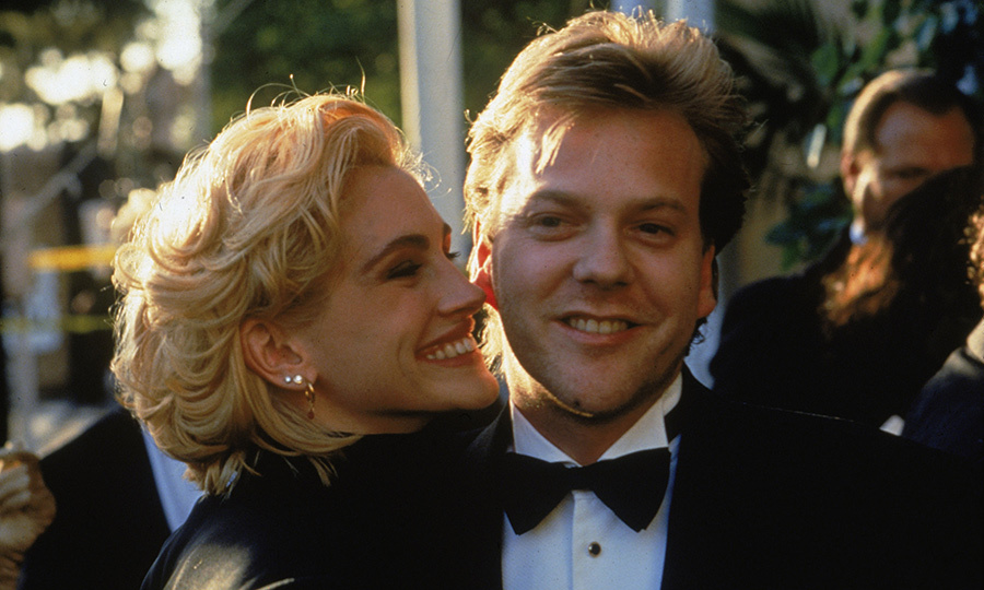 <p>Julia Roberts & Kiefer Sutherland</p>