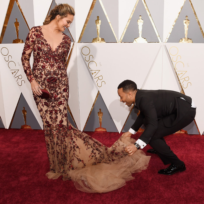 <p>Chrissy Teigan & John Legend</p>