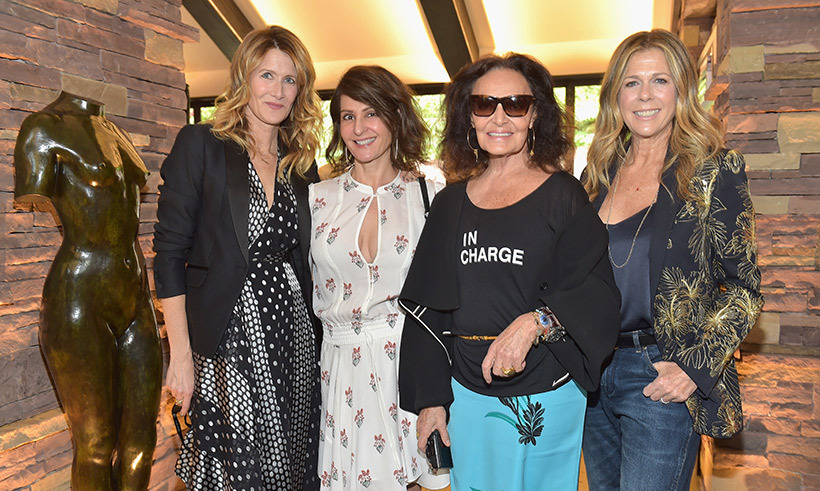 <p>Fan favourite Lauren Dern of <i>Big Little Lies</i>, Nia Vardalos, designer Diane von Furstenberg and Rita Wilson stopped for a sweet group photo together.</p>