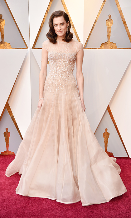 <p>Alison Williams</p>