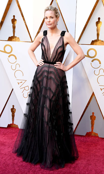 <p>Leslie Bibb</p>