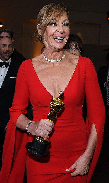 Best Supporting Actress and lady in red Allison Janney of <i>I, Tonya</i> held on tight to her newly-minted statuette at the party. 