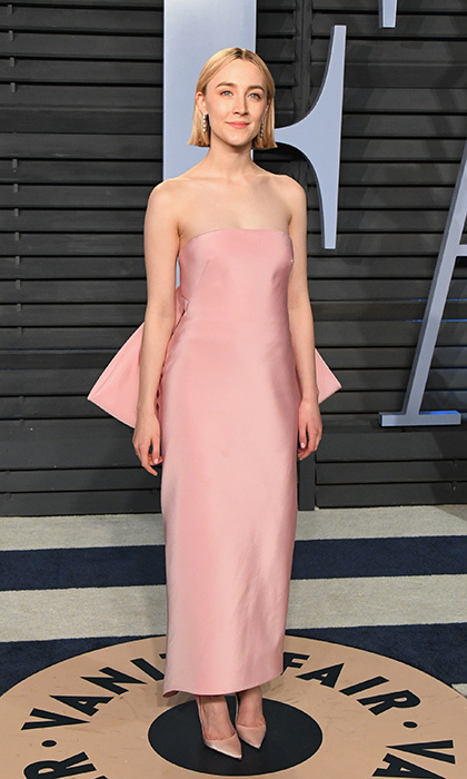 <p>Best Actress nominee Saoirse Ronan looked pretty in pink wearing Calvin Klein.</p>
