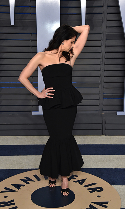 Ever the comedienne, Sarah Silverman made sure the photographers got a laugh!