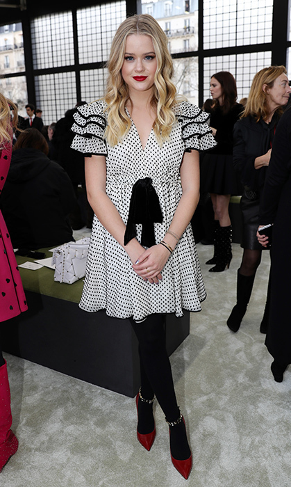 Reese Witherspoon's daughter Ava Phillippe was sans her mom in Paris and sat front row at the Valentino show. 