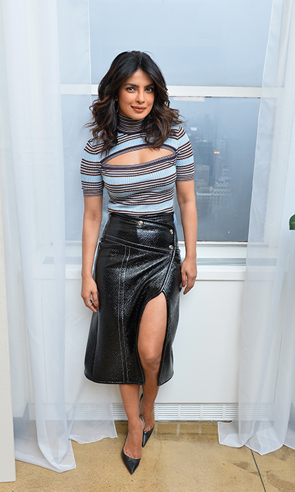 Priyanka Chopra was right on trend with this amazing outfit! On March 8, the actress was in New York City for a Booking.com event called 'Book the US'. She actually stayed at the Empire State Building!