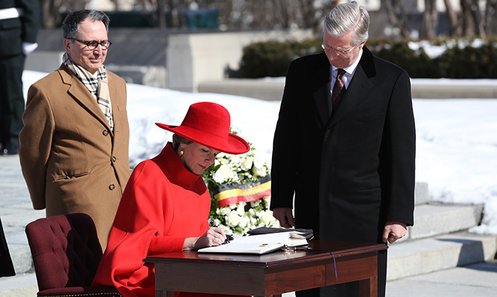 The royal couple paid a sombre visit to the Tomb of the Unknown Soldier, a tourism staple in Ottawa honouring lives lost in service of the country.