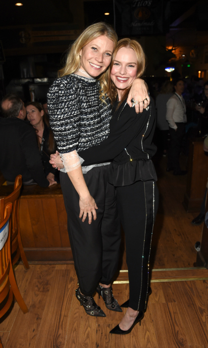 Gwyneth Paltrow and Kate Bosworth hugged it out on day four of the 2018 Sun Valley Film Festival. The stars attended the Vision Awards Bash dinner held at Whiskey Jaques on March 17. Gwyneth received the Vision Award at the event.