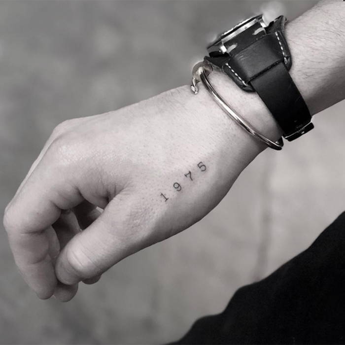 <h2>BROOKLYN BECKHAM</h2>