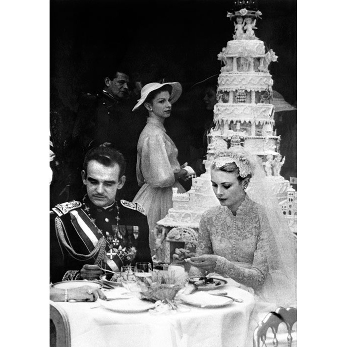 <h2>Prince Rainier III of Monaco and Grace Kelly: Bird Cage</h2>