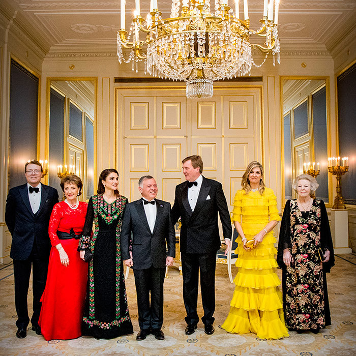 <p>We love a sweet candid shot! The Dutch and Jordanian royals posed for official photographs before their dinner.</p>