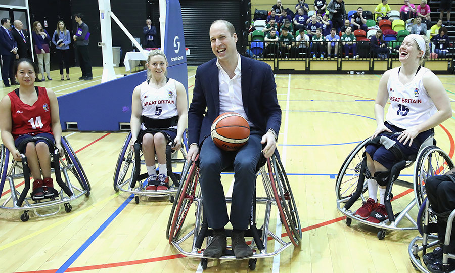Prince William tried his hand at wheelchair basketball with a few competitors who hope to compete at the 2022 Commonwealth Games in Birmingham.
