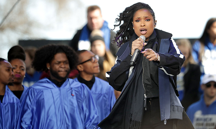 "Jennifer Hudson, who lost her mother, brother and seven-year-old nephew due to gun violence, delivered a powerful message as she Jennifer Hudson sang Bob Dylan's ""The Times They Are a-Changin.""