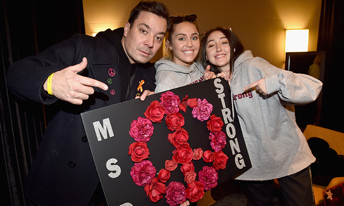 Jimmy Fallon posed with Miley and Noah Cyrus in D.C.