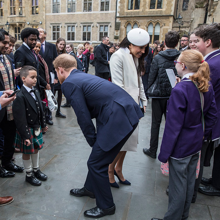 <p>One thing Meghan and Harry definitely have in common is their love of little kids! The two chatted up some young royal fans while at the Commonwealth Day service.</p>