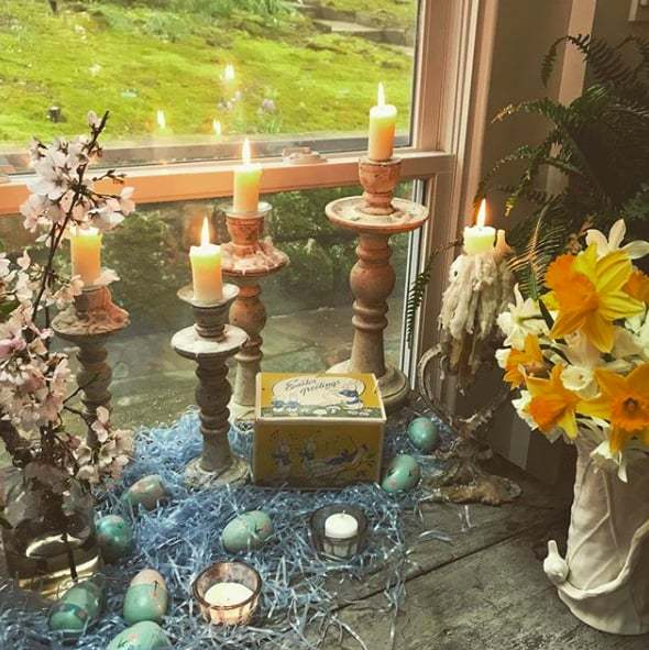 "<p>Ashley Judd gave her fans a peek at her gorgeous Easter decorations, captioning the snap, ""Vignette. #easter.""</p>