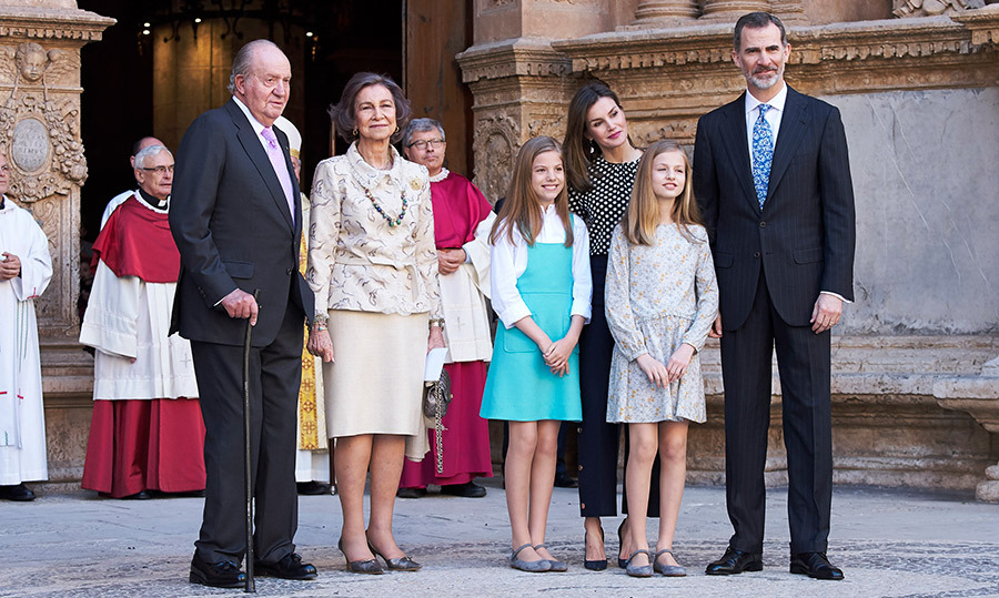 <p>Former King Juan Carlos and former Queen Sofia joined Queen Letizia, King Felipe VI, and their daughters Princess Leonor and Infanta Sofia for photos following Easter mass in Palma de Mallorca, Spain.</p>