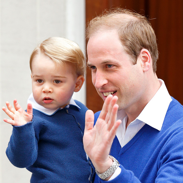 One of the sweetest moments of the day was when Prince George arrived at the Lindo Wing to meet his baby sister for the very first time. Shortly after 4 pm, the little royal arrived with his proud father Prince William to be introduced to the newborn Princess of Cambridge.