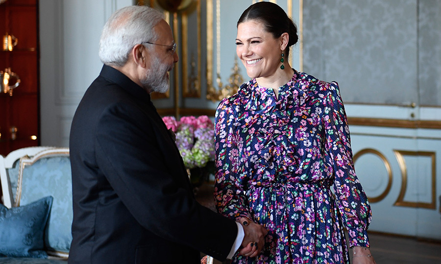 <p>Crown Princess Victoria looked ready for spring while meeting with India's Prime Minister Narendra Modi, who is on a short visit to Sweden.</p>