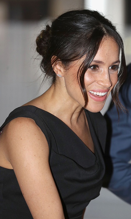<p>Meghan is queen of the messy bun!