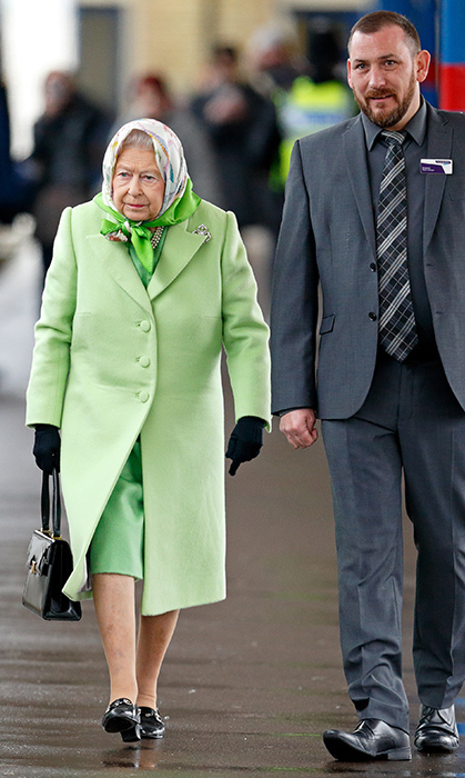 <p>Rain or shine, the Queen looks divine! The royal was arriving back in London after spending Christmas in <a href=/tags/0/sandringham><strong>Sandringham</a></strong> in 2017.