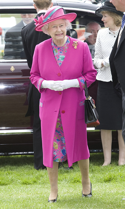 <p>Another floral favourite of ours is this amazing ensemble Her Majesty rocked while attending the Derby horse race in Epsom, England in 2008.